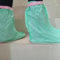 Jas Hujan Sepatu Waterproof Shoes Cover BAHAN TEBAL TIDAK MUDAH SOBEK