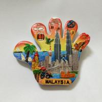 Magnet / tempelan kulkas tangan souvenir dari negara Malaysia