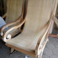 kursi malas jati ratan (nakas,rak,meja,kursi&sofa,lemari)