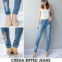 CRESIA RIPPED JEANS