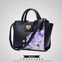 tas hitam selempang kotak formal bunga mawar ungu hitam motif branded