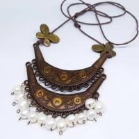 Kalung Mutiara Air Tawar Barok dari Lombok Berkualitas