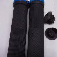 Jual Handgrip hand grip sepeda double lock hitam ujung biru Murah