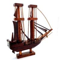 Miniatur Kapal Pinisi Dewaruci Kayu 23x21x4 cm topsgrosir