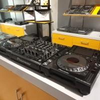PIONEER CDJ 2000 NEXUS & DJM 900 NEXUS - Good Condition