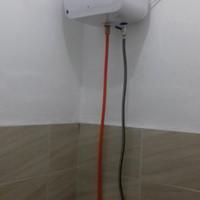 Jasa Pemasangan berikut alat. Water heater Ariston garansi resmi