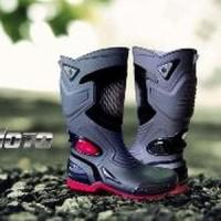 Sepatu Boot Boots Safety Pria Outdoor Karet PVC Anti Hujan Ban Limited