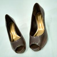Sepatu wanita Charles & Keith heels 37