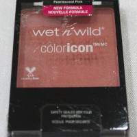 wet n wild coloricon blush on (pearlescent pink )