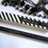 Mizzu Eyeliner Pen Perfect