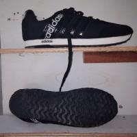 Sepatu sekolah ADIDAS hitam KW LOKAL murah kualitas bagus