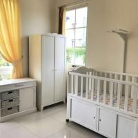 Baby Box Ranjang Bayi Dari Kayu Pinus Berkualitas HK 045 Mewah Murah