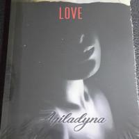 Novel wattpad LOVE HURT - Aqiladyna