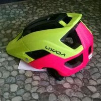 Helm LIXADA Hitam Kuning Merah Not FOX BELL GIRO Limited