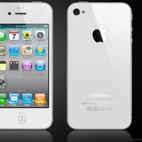 iphone 4s 32gb black or white