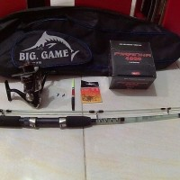 Set Lengkap Alat Pancing Laut Kuat 12kg (1 joran + 1 reel+ aksesoris)