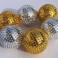 Harga bola duri magnet kecil bola terapi kesehatan alat pijat | antitipu.com