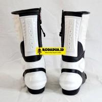 Sepatu Road Race Gordons GRRR HitamPutih KODE BN9823