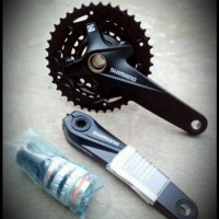 SHIMANO MTB FC-MT200 CRANK SET 3X9Speed 40-30-22T