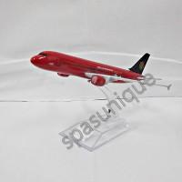 Pajangan Miniatur Diecast Pesawat AirAsia Mancester United