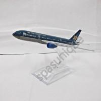 Pajangan Miniatur Diecast Pesawat Vietnam Airlines