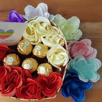 Kado/Hadiah/Hampers/Coklat/Bunga/Boneka Valentine -Choco Garden in Box
