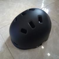Helm Sepeda Batok / Helm BMX/ Helm Inline Skate Merk Genio