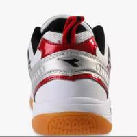 Sepatu DIADORA NEILSEN, White Red DIAID7306WRD. Sepatu Badminton