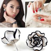 Anting simple white rose | aksesoris import murah
