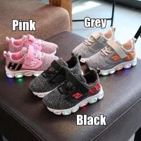 (21-25) Sepatu Olahraga / Sneakers / Kets Anak TK Lampu / LED Hi Sport