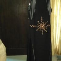 dress hitam by Sebastian Gunawan