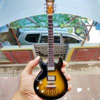 Miniatur Gitar Schecter 6661 Satin Black Zacky Vengeance