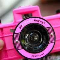 kamera lomography tipe Sprocket rocket brand new without box pink