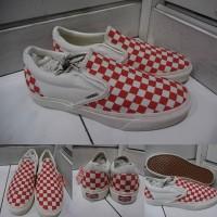 Sepatu Kets Sneakers Vans Slip On Checkerboard Catur Canvas Red White