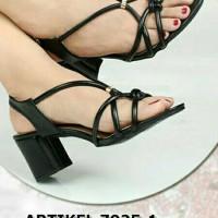 sepatu sandal tali vinewest