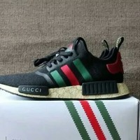nmd r1 x gucci The Adidas Sports Shoes