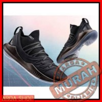 2a415607f95 SEPATU Under Armour Stephen Curry 5 for man available size 40-46 Premi