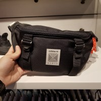 Adidas waist bag atric original black tas pinggang sport authentic