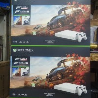 Xbox One X 1TB Forza Horizon Bundle