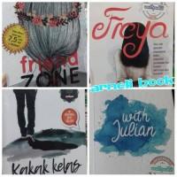 Buku Paket 4 Novel Friendzone. Freya. Kakak Kelas. With Julian.