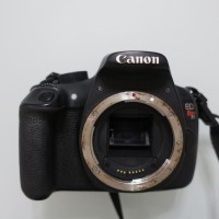 Canon REBEL EOS T5 Digital SLR Camera - Black