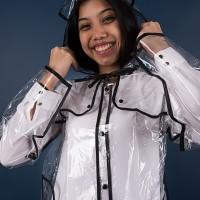Jas hujan mantel / transparan / bening / plastik / lis hitam - 82001