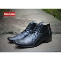 Sepatu Pria Kickers Pantofel Clasik High Black Kulit Asli Formal Kerja