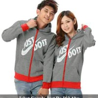 Jual Jaket Couple   Pasangan Model   Gambar Terbaru 2019 - Harga ... 16f8e6b686