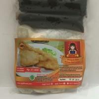 Pempek ikan/ Empek empek Ikan/ Pempek Palembang/ Kapal Selem/Lenjer