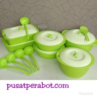 asvita set emerald
