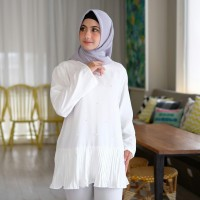 Baju Atasan Wanita Jumbo Chloe Blouse Hitam Putih Bigsize Tunik Muslim