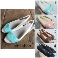 Sepatu Wanita / Cewek Crocs Isabella Slingback Mini Wedges Original
