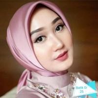 Satin Silk Square Hijab Segiempat