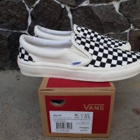 Sepatu Vans Checkerboard Off White Black Premium Import Slip On Pria 17a119f8d8